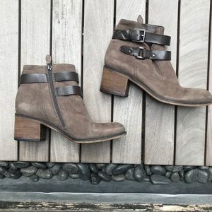 FRANCO SARTO Brown Suede Leather Heeled Booties